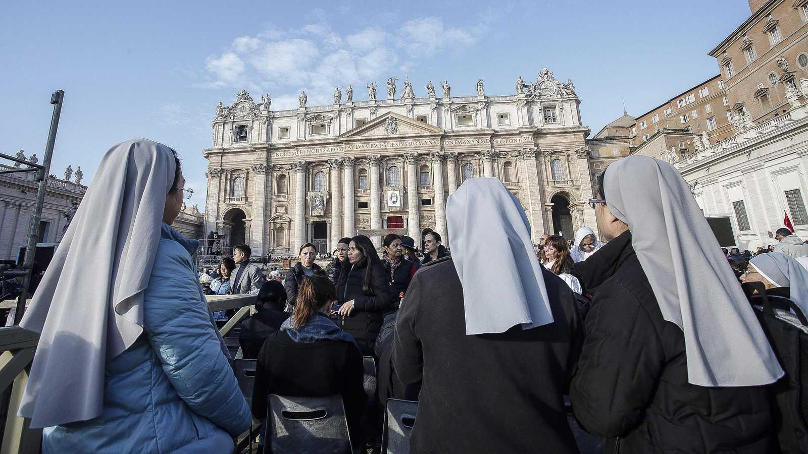 Revista vaticana abordará panorámica de los abusos sexuales y laborales contra monjas