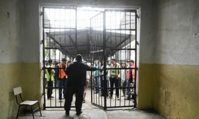 Se fugan 100 reos de una cárcel en Paraguay