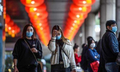 Pelean por comida habitantes de Wuhan
