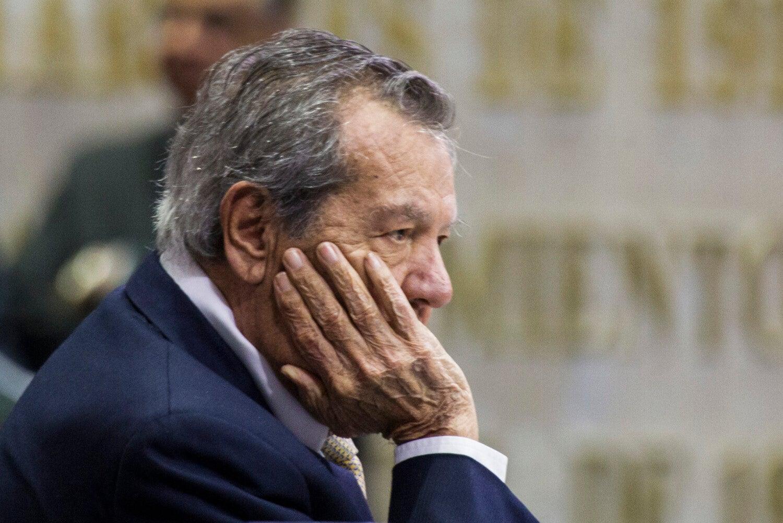 Muñoz Ledo critica recorte de salario en el INM