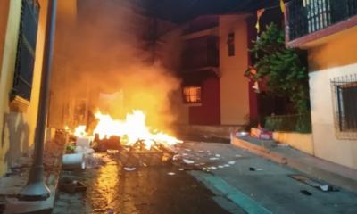 Chiapas, Covid-19, Coronavirus, Pueblo, Queman, Manifestación, Protesta, Gobernador, Rutilio,