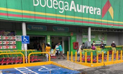 Consumidores en CDMX no respetan medidas sanitarias en supermercados
