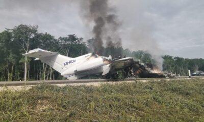 Avioneta se incendia en carretera de Quintana Roo