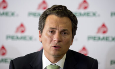 Trasladan a Emilio Lozoya; parte avión de España a México