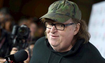 Michael Moore rinde homenaje a médicos cubanos que luchan contra el Covid-19