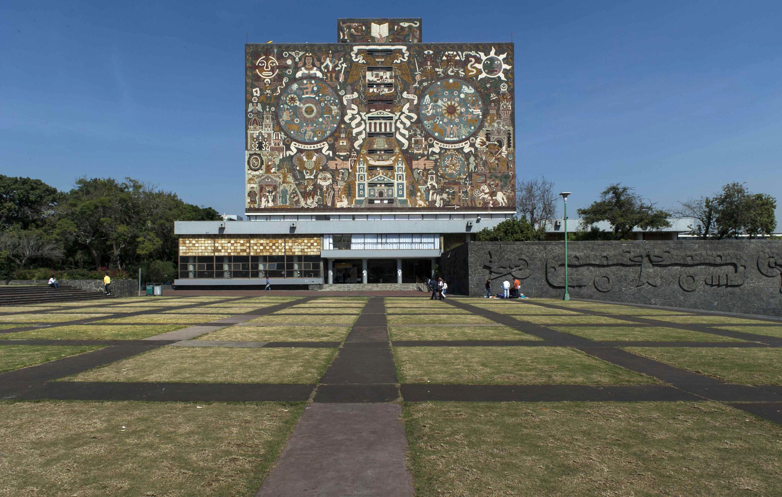 UNAM reanuda trámites el 3 de agosto para titulados y graduados