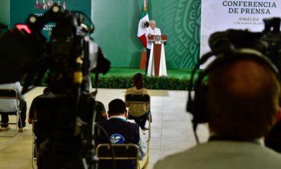 AMLO buscará consenso con CNTE y SNTE para clases vía televisoras