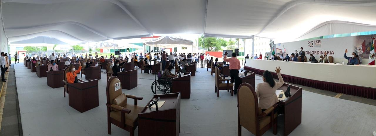 Congreso de Oaxaca aprueba prohibir venta de comida chatarra a menores