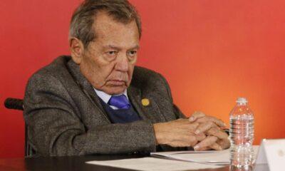Muñoz Ledo amenaza con expulsar a Ebrard si sigue agenda personal