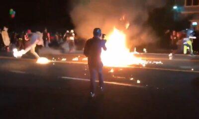 Trump se mofa de manifestante incendiado en Portland