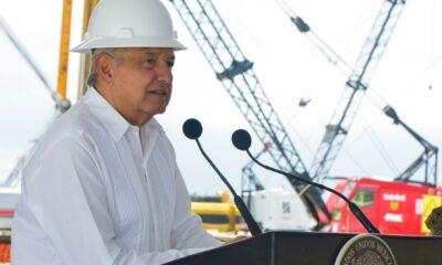 AMLO asegura que se detuvo la caída en la producción petrolera