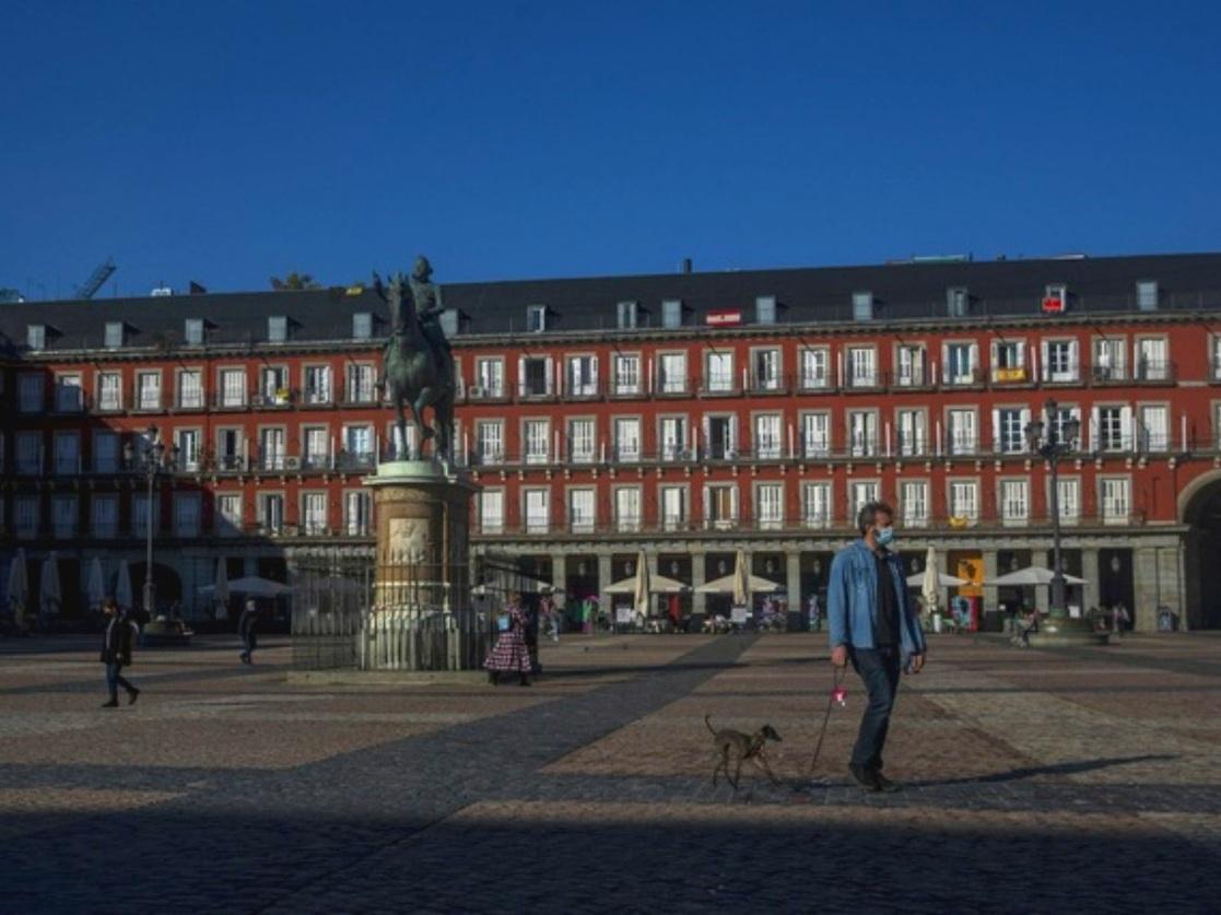 Madrid prorroga una semana medidas de restricciones por Covid-19