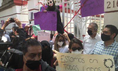 Muñoz Ledo no toma dirigencia de Morena; feministas lo acusan de acoso