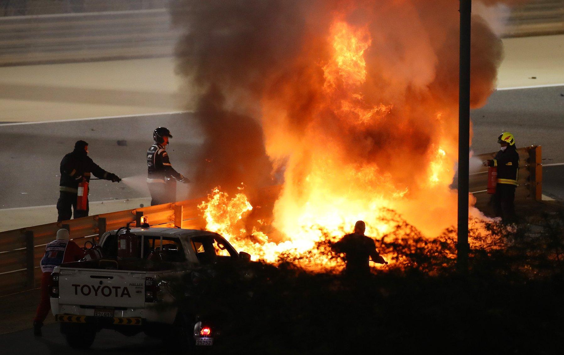 Accidente en la F1 Grosjean choca y su auto se incendia; sufre quemaduras leves