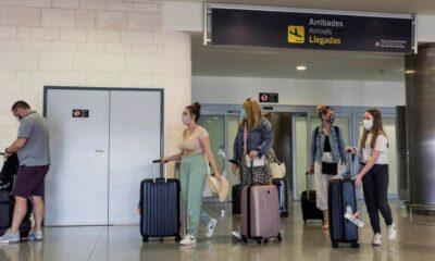 Estados Unidos evalúa levantar prohibiciones de entrada a extranjeros