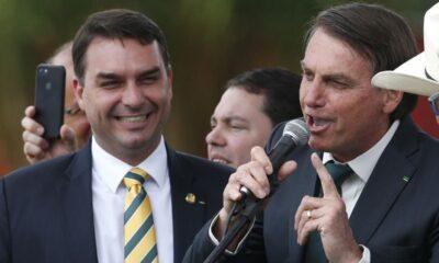El Ministerio Público de Río de Janeiro denuncia al hijo de Jair Bolsonaro, Flavio Bolsonaro, por supuestos actos de corrupción. Se cree que el senador formó parte de actos de lavado de dinero durante sus años como diputado.