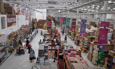 Inegi reporta leve crecimiento en comercio interior