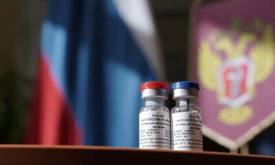 Argentina firma convenio con Rusia para adquisición de vacunas contra Covid