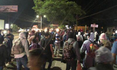 Caravana migrante de hondureños parte a Estados Unidos