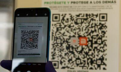 Metro instala códigos QR ante incremento de contagios por Covid en CDMX