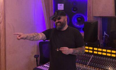 'Richy' Muñoz, vocalista de Intocable, se vacunó contra Covid-19 gracias a 'sus palancas'