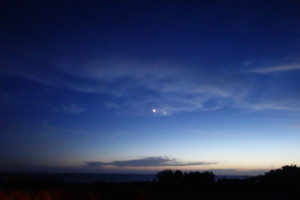 Venus and Jupiter close together at dusk!