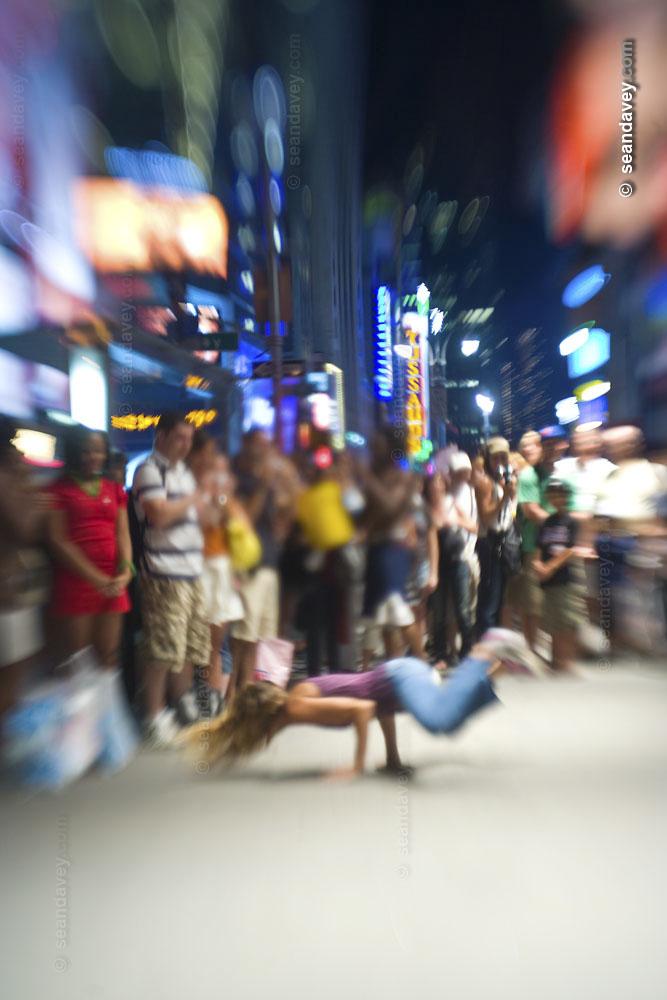 street breakdancing in NYC