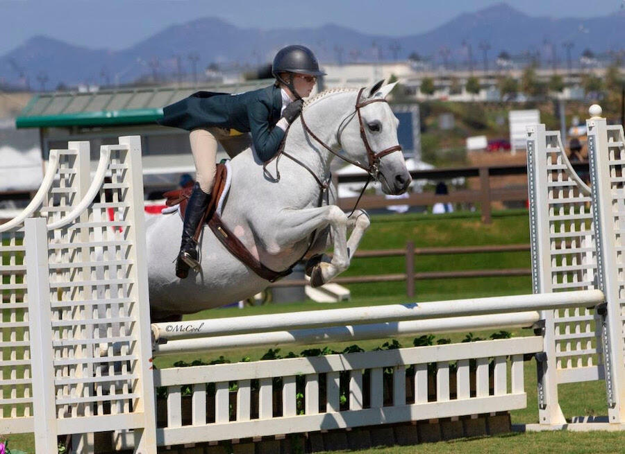 Skylar Wireman Scores a One-Two Victory in the USHJA Pony Hunter Derby Championship-West with Secret Crush and Half Moon Bay