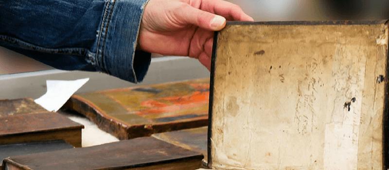 Tres libros envenenados