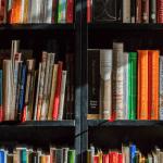 Diez mejores novelas latinoamericanas que te llevarán allí