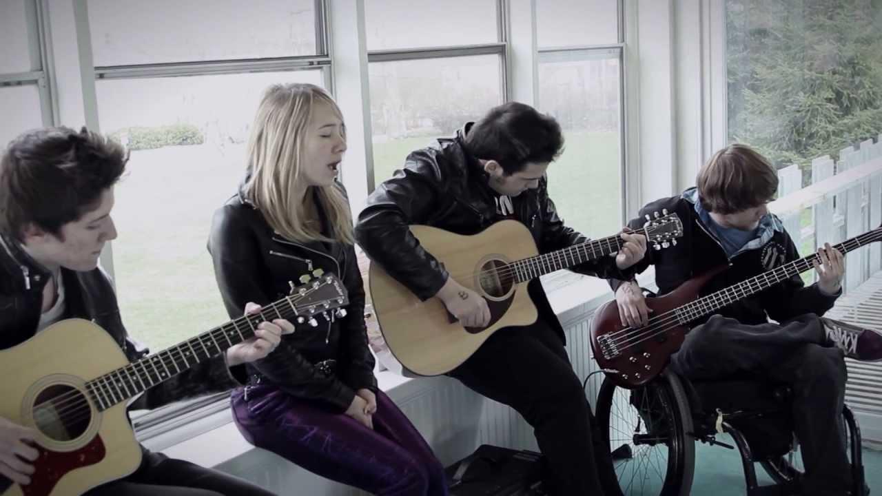 Session: Hour 24 – Solstice (Acoustic)
