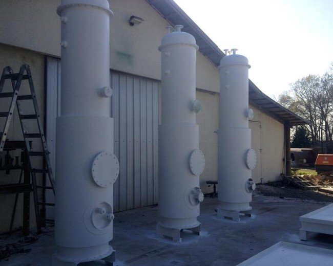 3 Methanol recovery columns primed