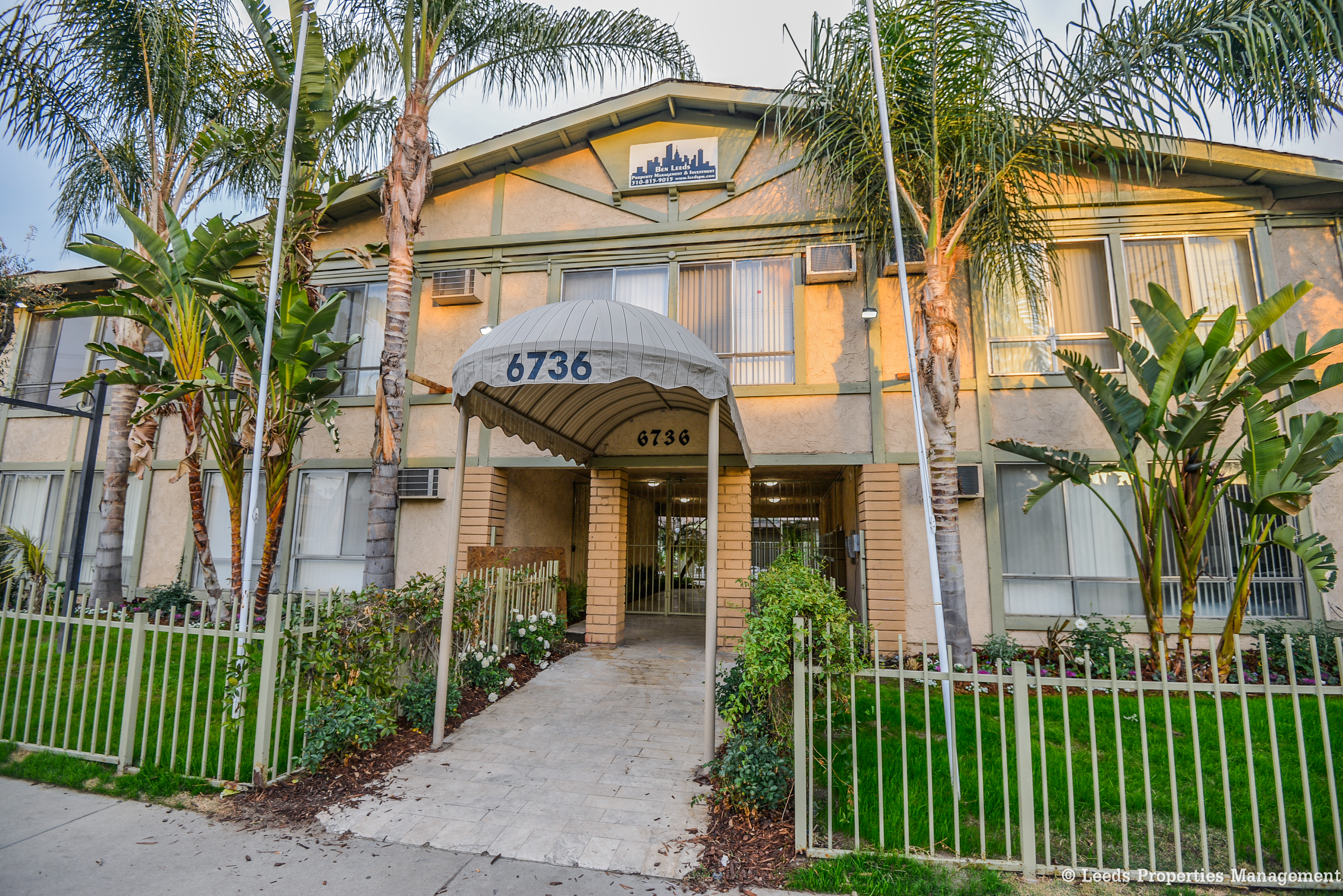 6736 Cleon Ave., North Hollywood, CA 91608