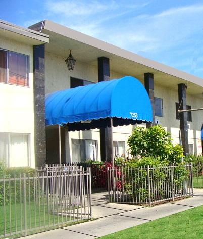 7253 – 7257 Variel Ave., Canoga Park, CA 91303
