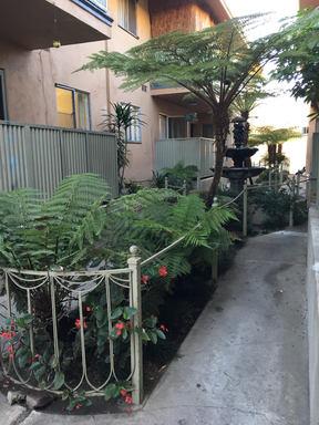 6566 Fountain Ave., Hollywood, CA 90028