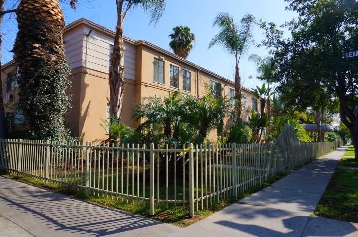 1140 E Centro Ave., Hollywood, CA 90038