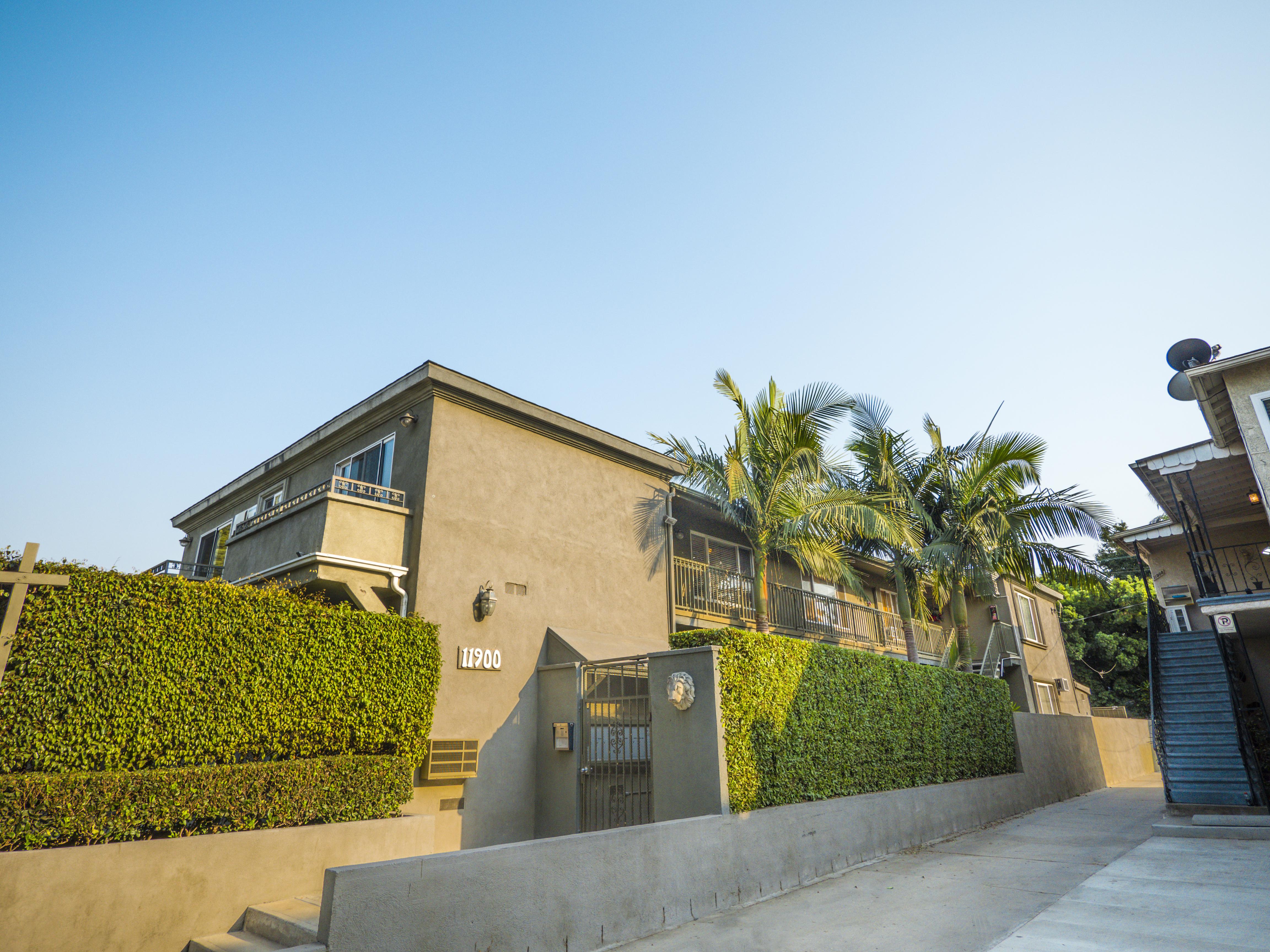 11900 Venice Blvd., Los Angeles, CA 90066