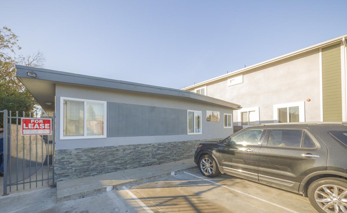 2231 S. Hauser Blvd., Los Angeles, CA 90034