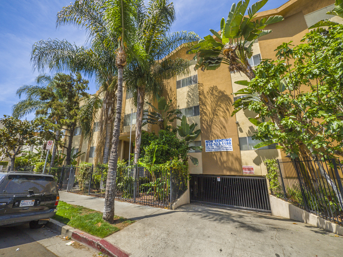 817 S. St. Andrews Pl., Los Angeles, CA 90005