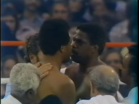 Ron Lyle Stares Down George Foremen