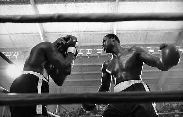 Paradise, NV - 1978: (L-R) Earnie Shavers, Larry Holmes boxing at Caesars Palace, March 25, 1978. (Photo by ABC via Getty Images)