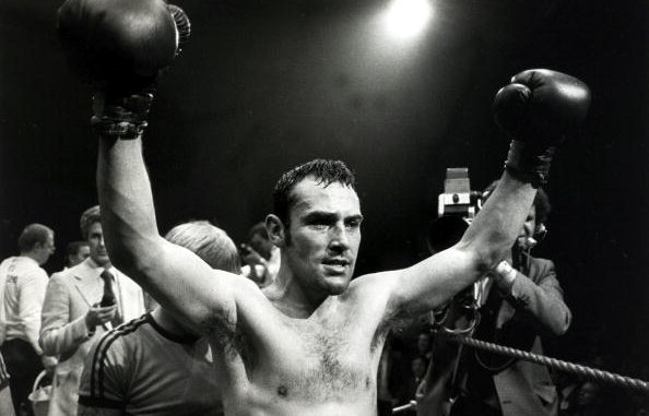 Sport, Boxing, World Middleweight Title, pic: 28th June 1980, Great Britain's Alan Minter arms raised high after his Wembley fight against USA's Vito Antuofermo had been stopped in the 8th round with the Briton retaining his World Middleweight title (Photo by Popperfoto via Getty Images/Getty Images)