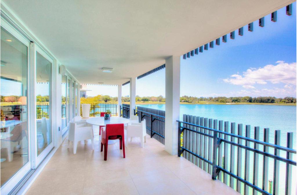 ARTISTIC LUXURY - BAY HARBOR ISLANDS   Interior designer Kevin Gray   Kevin Gray Design