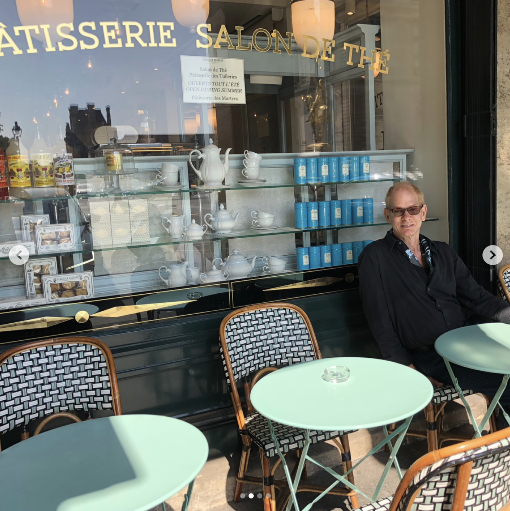 ars, Sébastien Gaudard, great design and one of the best chocolate and pastry tea salons in Paris since 1955. Steps away from the Musee Louvre.. morning to night!