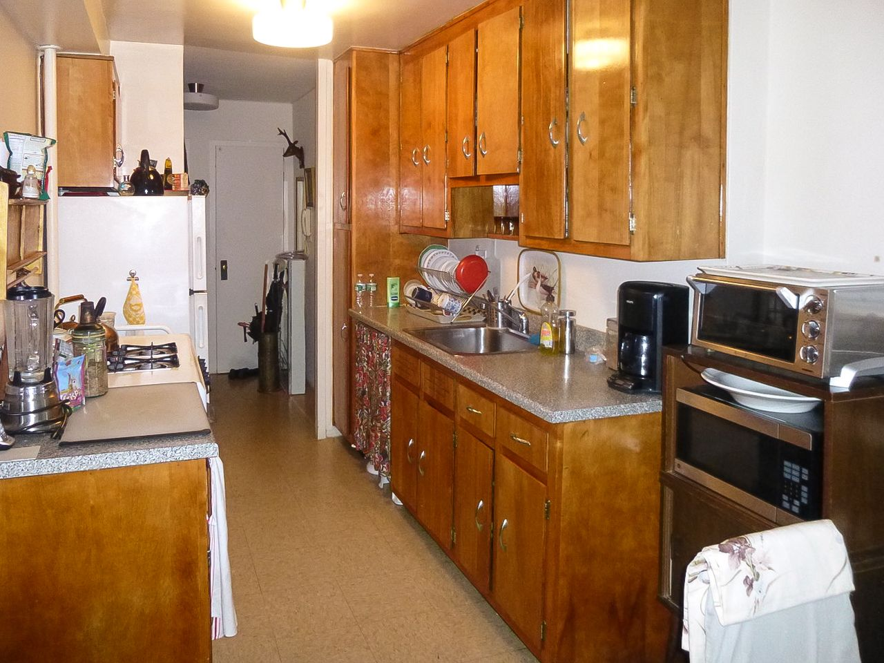 Small NYC Kitchen: Before