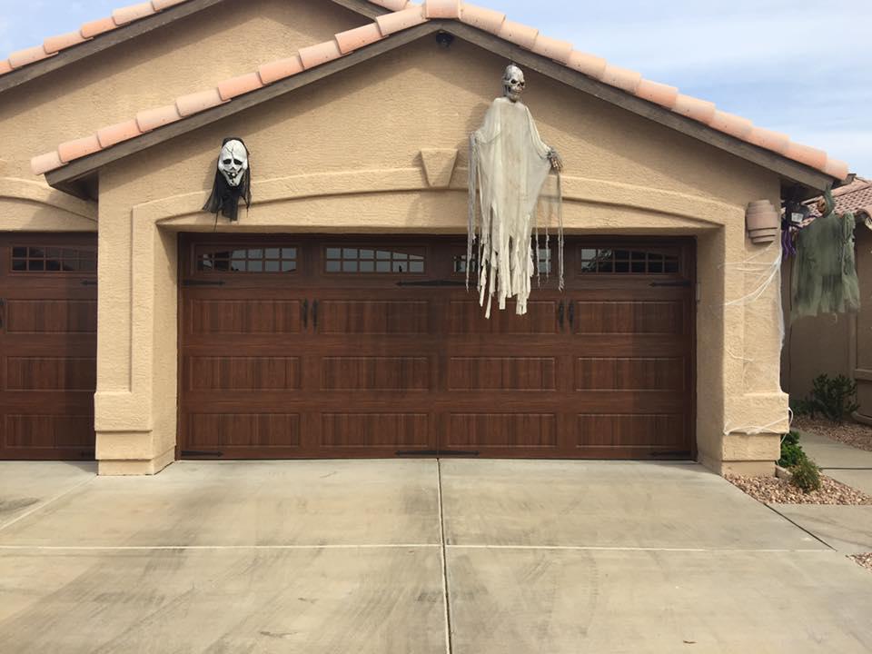 garage_door_with_window