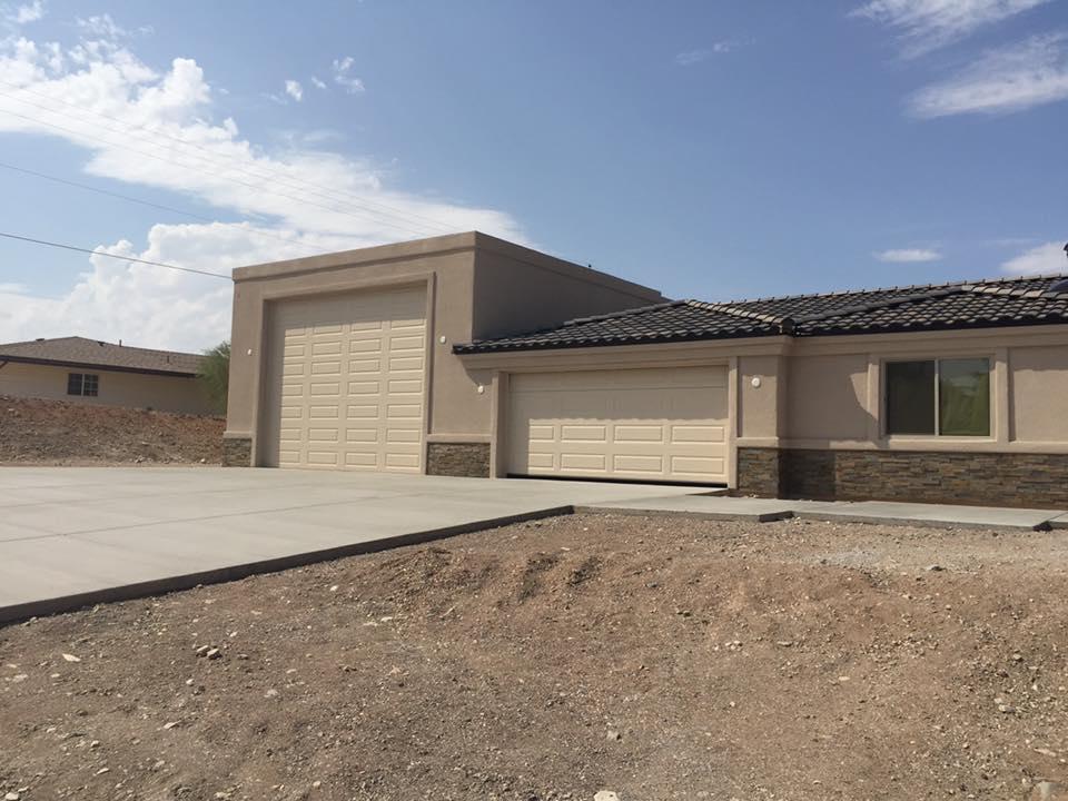 new-construction-garage-doors-scottsdale