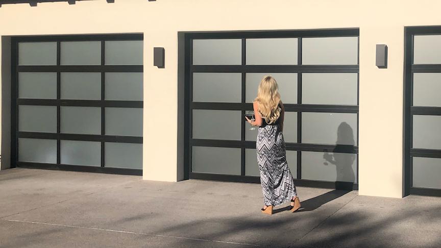 new_glass_garage_doors_phoenix