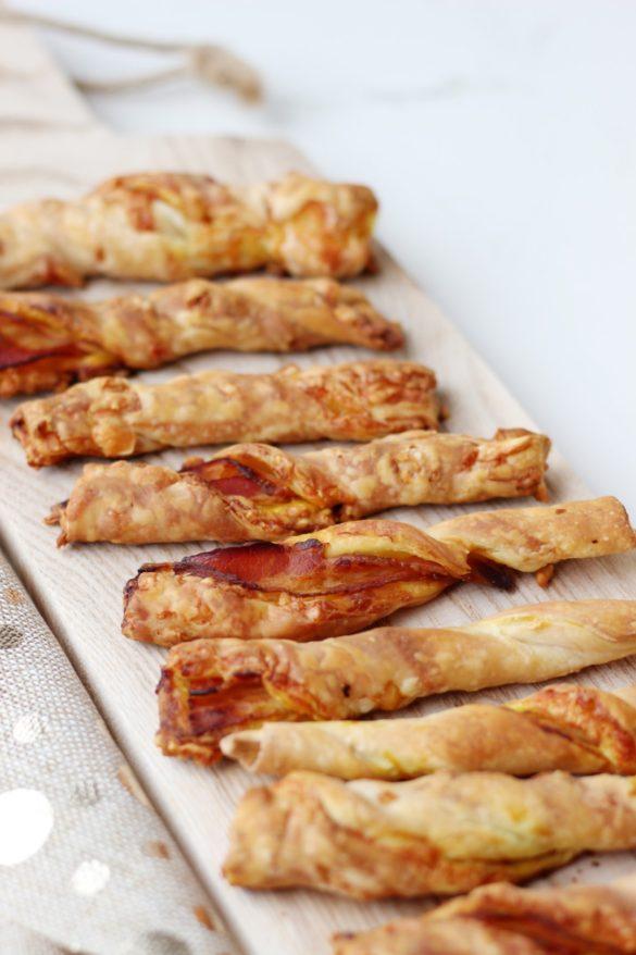vigilantes, torzadas de panceta y queso. Picada, bocaditos, cocina fácil, recetas de cocina, recetas para navidad
