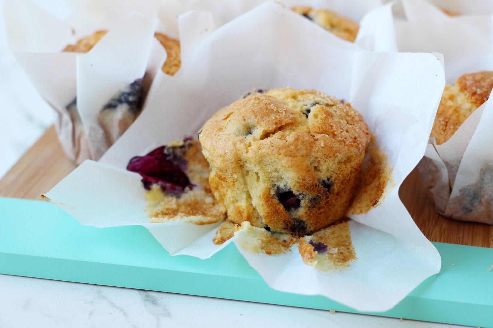 Muffins de limón y aránda0nos, recetas de cocina, recetas paso a paso, recetas fáciles.